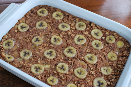 Weekend Breakfast: Bananas Foster Baked Oatmeal | Healthy Plate Happy ...